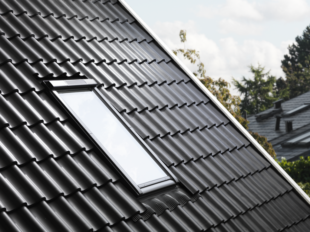 Fereastra de mansarda solara Velux - PVC